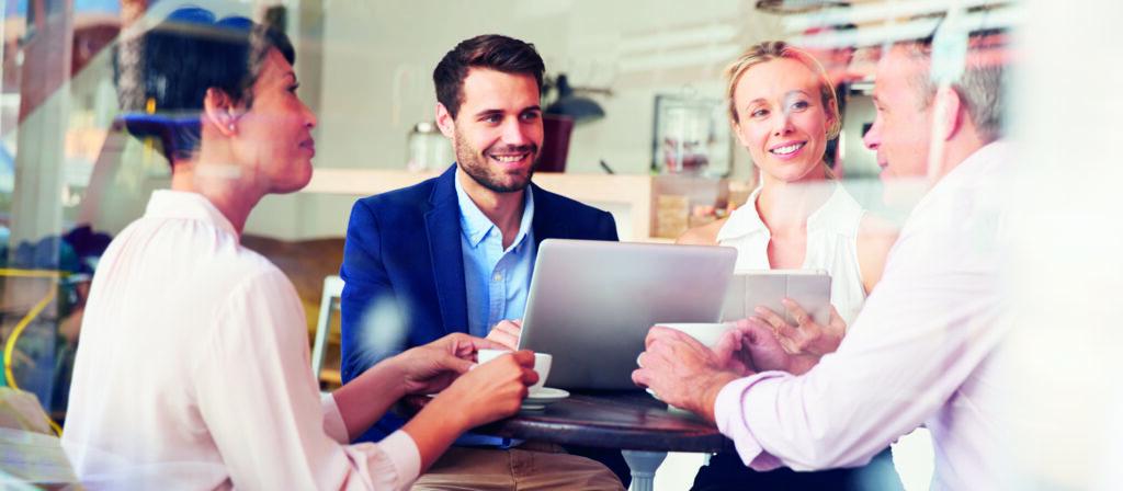 Arbeitsmarktanalyse und Neukundengewinnung in Bullhorn mit Textkernel's Jobfeed