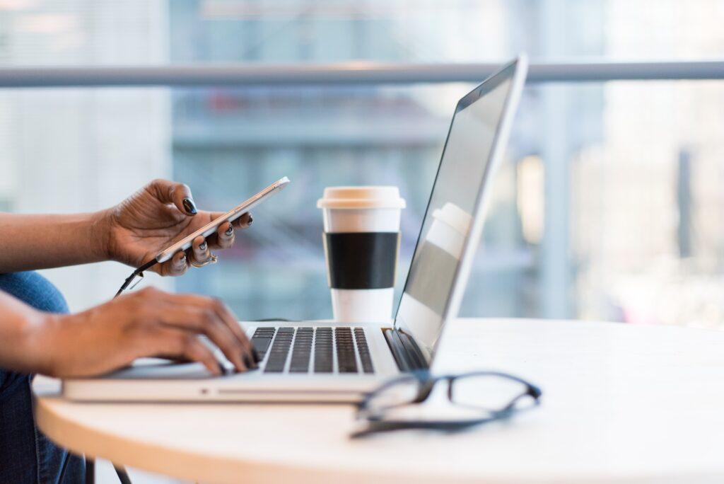 An alle HR-Vordenker: So hilft KI bei der Suche nach neuen Bewerbern
